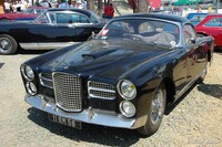 Facel-Véga display 02