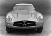 The Mercedes-Benz 300 SL (W 194) with chassis number W 194 011 was developed for the 1953 racing season. However, the prototype did not participate in any races