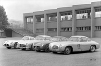 All the versions of the Mercedes-Benz 300 SL Coupé at a glance: on the right, 1952 300 SL (W 194) racing sports car, 1953 racing car prototype (chassis number W ...