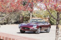 Lot 010 - 1967 Jaguar E-Type Series I 4.2 Roadster s/n 1E15362 Est. $200,000 - 250,000 €190,000 - 240,000