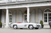 Lot 062 - 1958 Mercedes-Benz 300 SL Roadster s/n 198.042/8500327 Est. €600,000 - 800,000 £520,000 - 690,000 - Sold €1,127,000