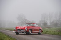 Lot 350 - 1955 Mercedes-Benz 300 SL Gullwing s/n 198.40.55.00823 €1,100,000 - 1,300,000 £920,000 - 1,100,000 - Sold €1,016,666